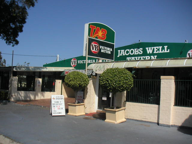 Jacobs Well Bayside Tavern