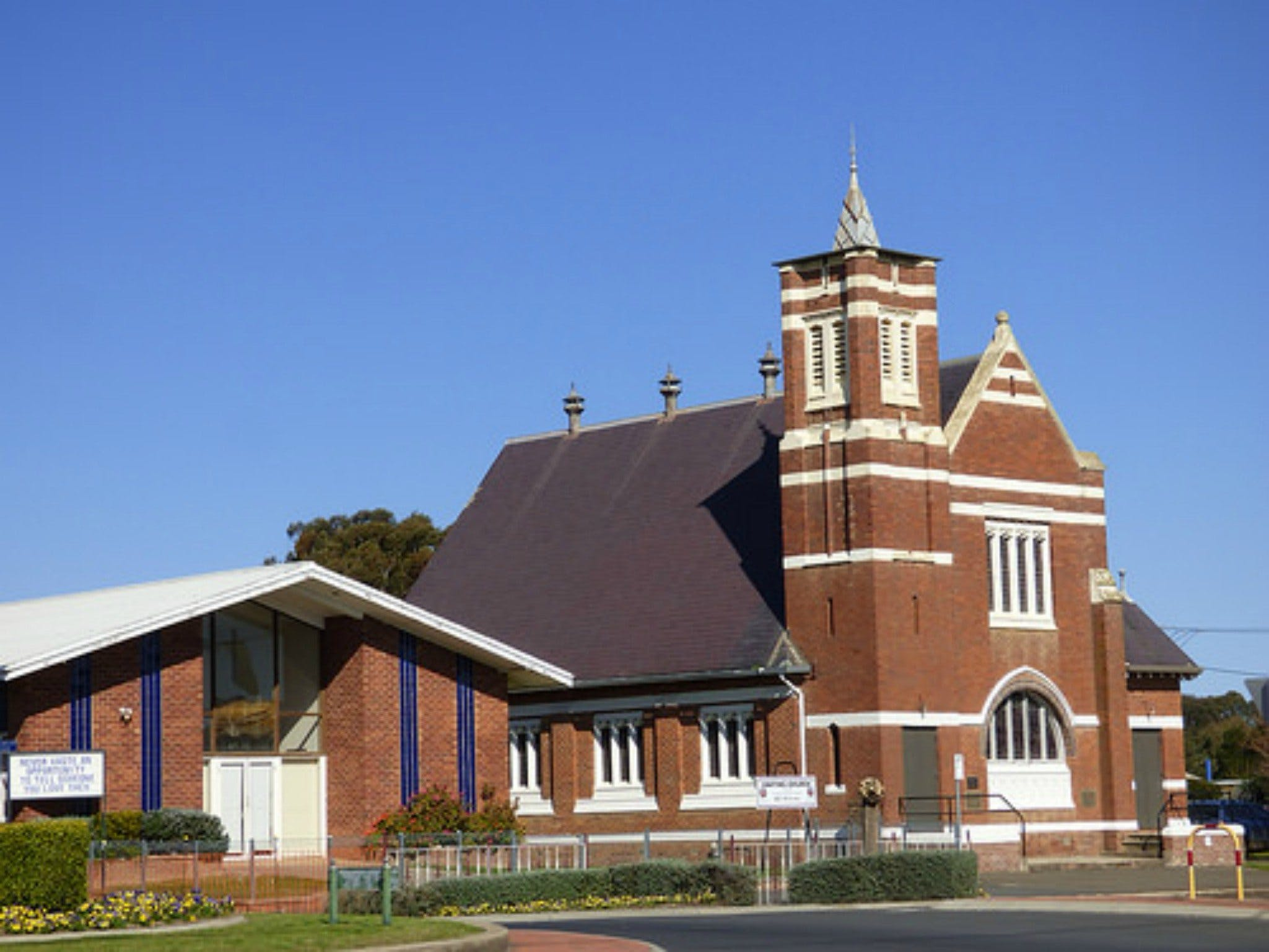 Uniting Church Monthly Markets - Restaurant Find
