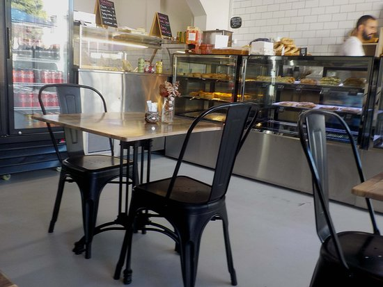 Pascoe Vale Hot Bread - Restaurant Find