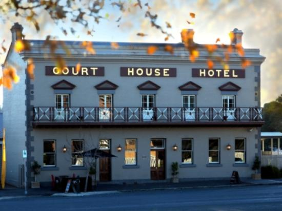 The Courthouse Hotel Bistro - Restaurant Find