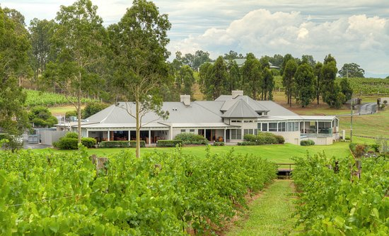 RidgeView RestaurantWines  Cottages - Restaurant Find