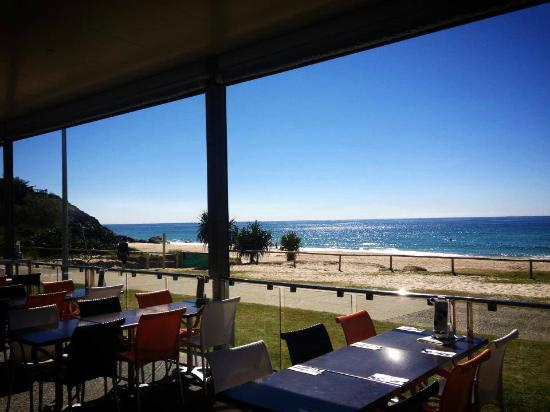 North Burleigh Surf Life Saving Club - Restaurant Find