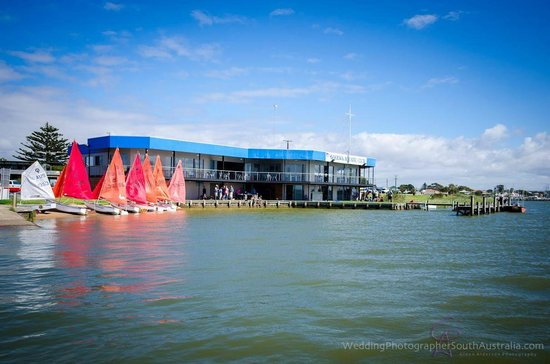 Goolwa Aquatic Club Restaurant - Restaurant Find