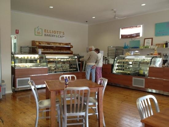 Elliott's Bakery  Cafe - Restaurant Find