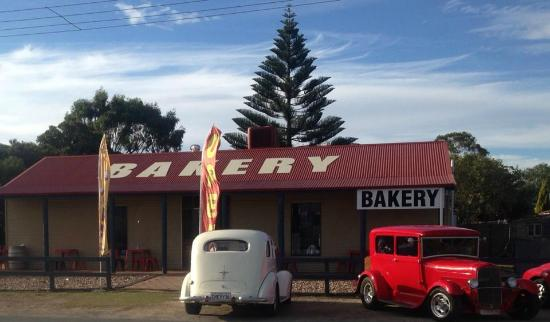 Robe Bakery Rosetown - Restaurant Find