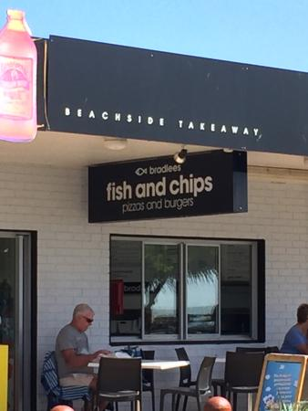 Bradlee's Beachside Takeway - Restaurant Find
