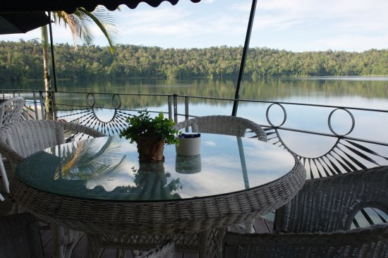 Lake Barrine Tea House Restaurant And Cottage Accomodation - Restaurant Find